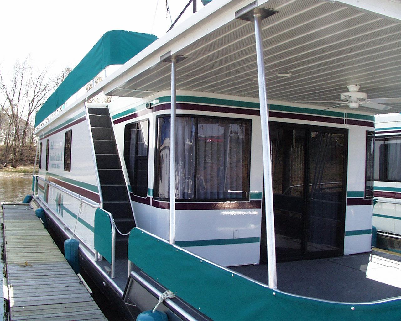 houseboat24.jpg